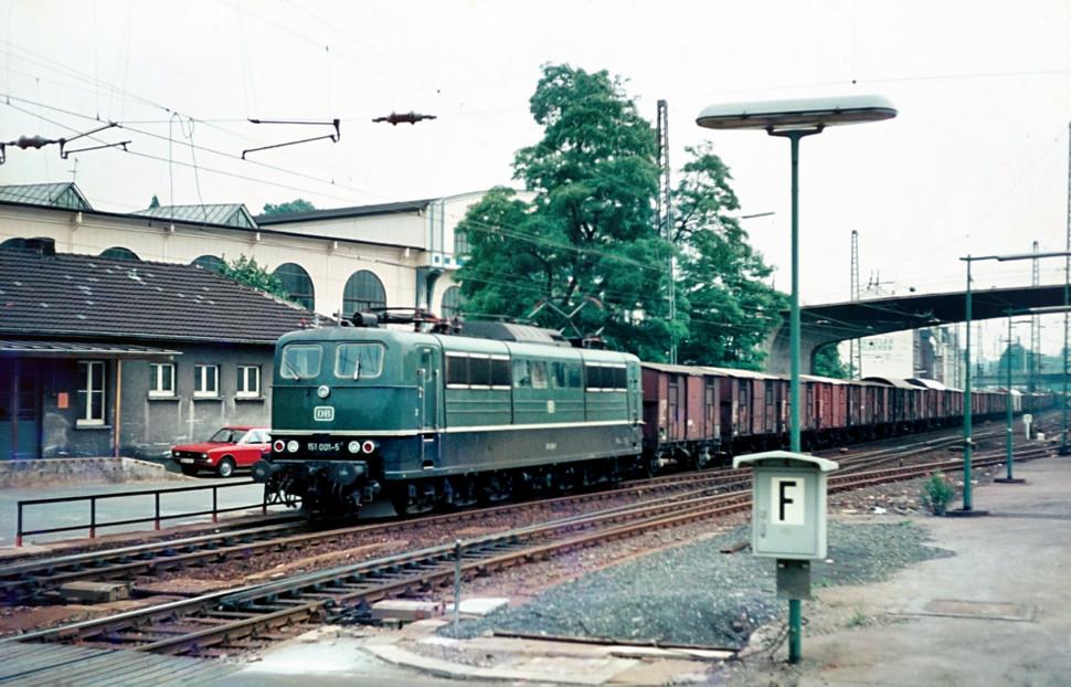 https://posten17.de/wp-content/uploads/2018/01/151-001-5-Wuppertal-Oberbarmen-1978-970x622.jpg
